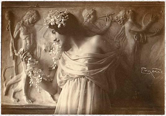franck-eugene-fritzi-von-derra-the-greek-dancer-1900s1 (1)