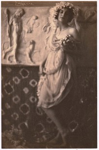franck-eugene-fritzi-von-derra-the-greek-dancer-1900s5 (1)