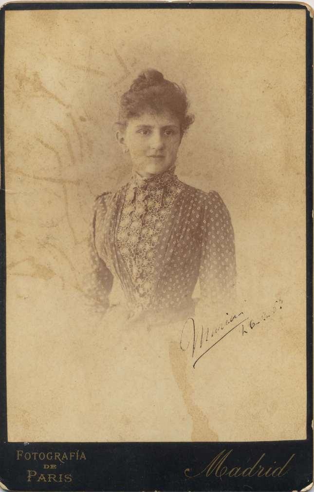 Copia de FOTOGRAFOS ESPAÑOLES -Otero (1850-1900), Madrid. Retrato  de Dama, 1887. Carte cabinet, Album Lopez, Hesperus´ Collection