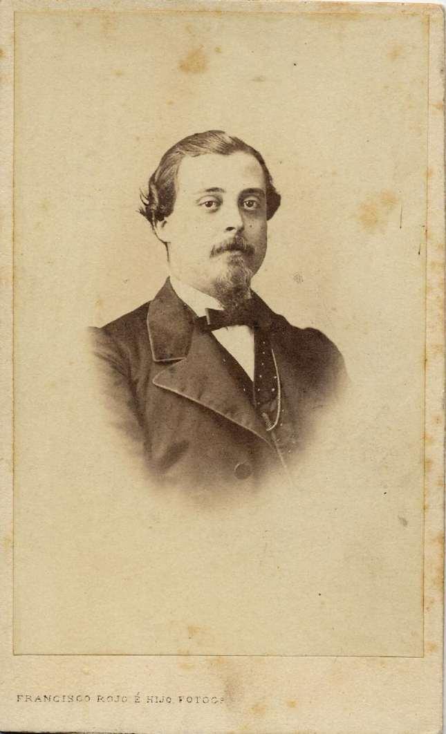 1860. FOTOGRAFOS ESPAÑOLES - Rojo, Francisco  é hijo, Malaga. Retrato de caballero, carte de visite,  ca. 1860. Hesperus´ Collection