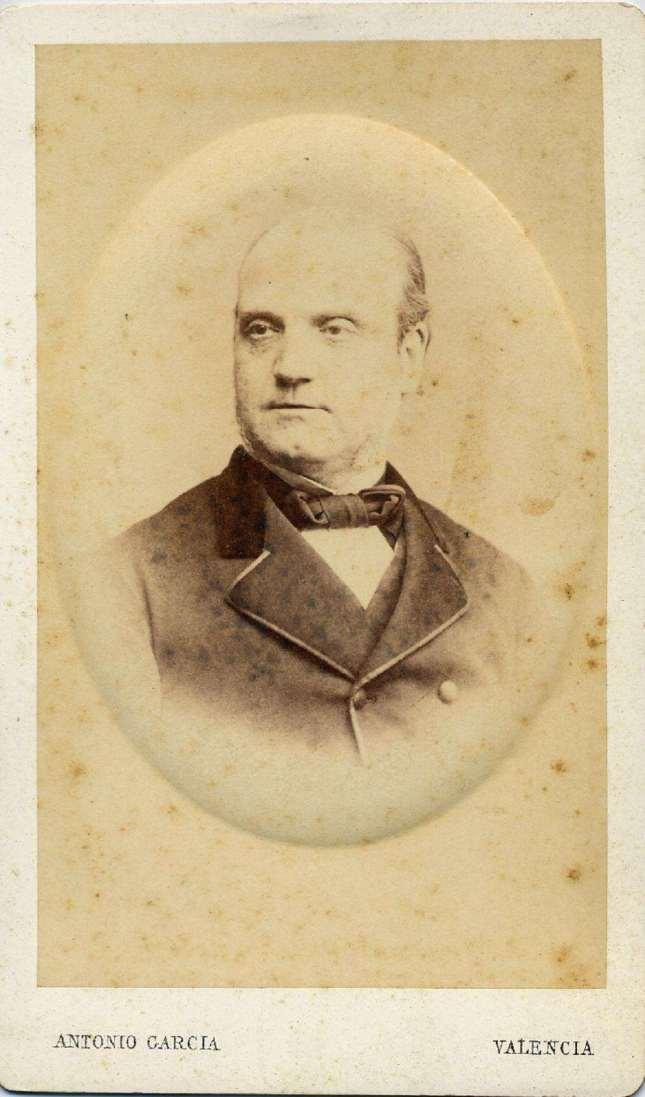 1880. FOTOGRAFOS ESPAÑOLES - Garcia, Antonio, Valencia. Retrato de caballero, carte de visite, ca. 1880.  Hesperus´ Collection