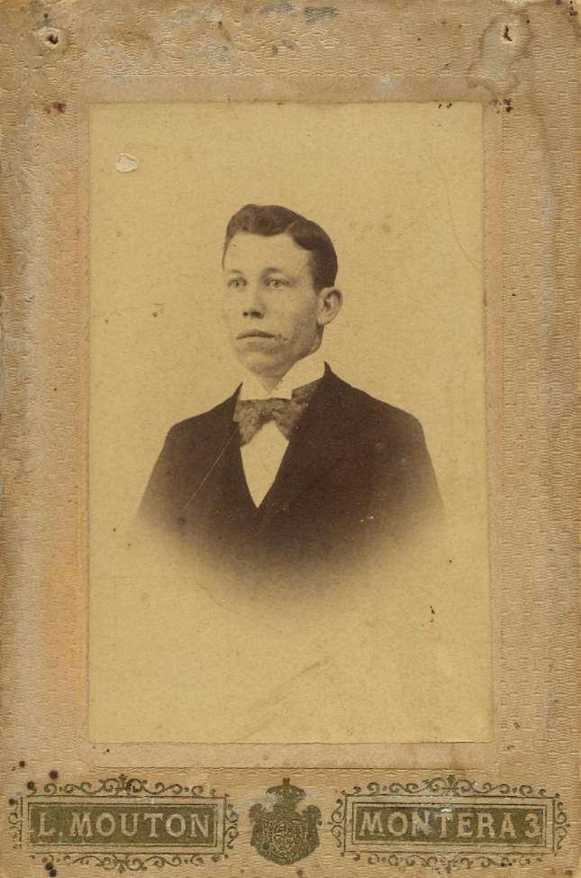 1880. FOTOGRAFOS ESPAÑOLES - Mouton , L., Madrid (1860-1890). Retrato de caballero, formato 5,5 X 8,5cm, ca 1880. Hesperus´ Collection
