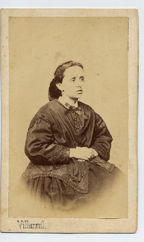 1880s. FOTOGRAFOS ESPAÑOLES - Villarmil, Jose R. A., Cangas de Onís Asturias. Dama, CDV, 1880s. Hesperus´ Collection