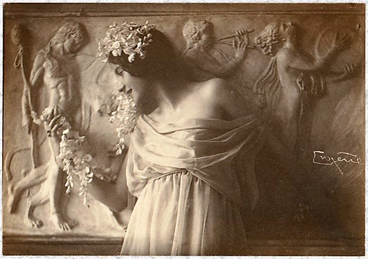 franck-eugene-fritzi-von-derra-the-greek-dancer-1900s1 (1)